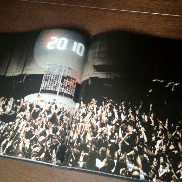 axbk200-book-inside-01